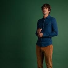 👔 Dans la gamme jersey denim, la chemise John est un choix de qualité pour vos tenues décontractées !  ➡️ A shopper sur notre site internet avec le reste de la collection#fw2020  #menswear #mensfashion #lesgarconsfaciles #fallwinter2020 #londoncalling #londonvibes #shirt #chemisehomme #mensshirt